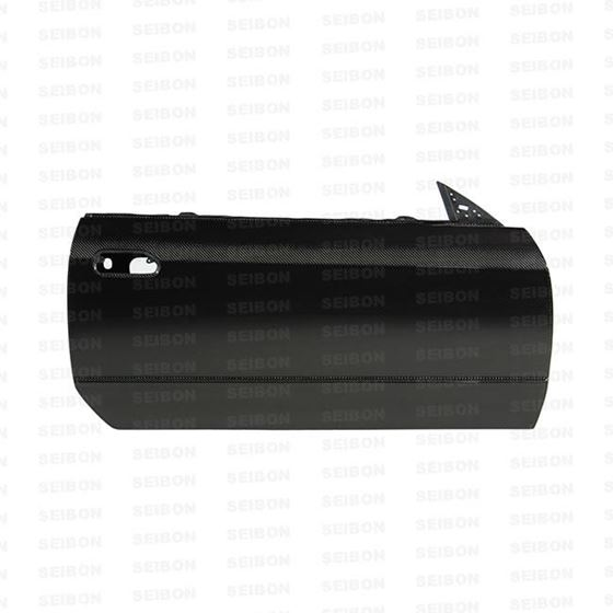 OE-style carbon fiber doors for 1990-1994 Nissan Skyline R32   OFF ROAD USE ONLY.